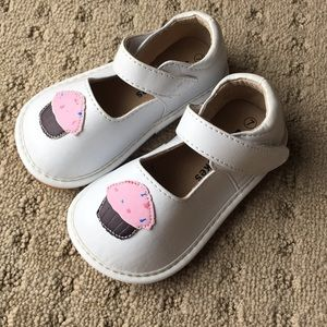 f85fe9f243 Laniecakes Shoes - Laniecakes White Cupcake Mary Jane Squeakers - 7